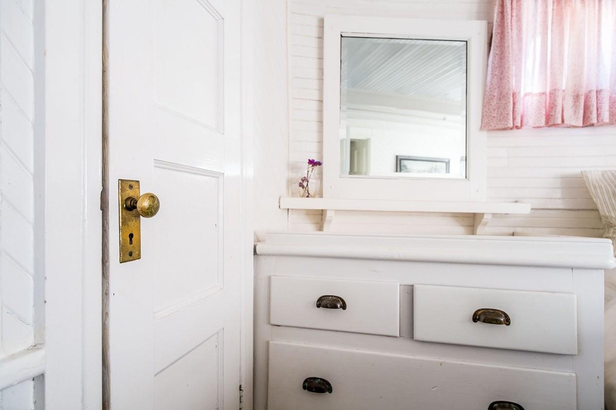 Jak Zamontować I Oświetlić Lustro W łazience
